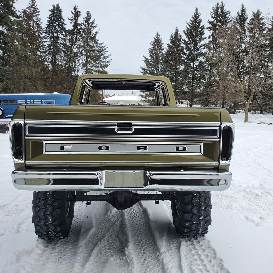 1979 Ford F-250 Crew Cab 521 Stroker Olive Gold Pearl 5.jpg