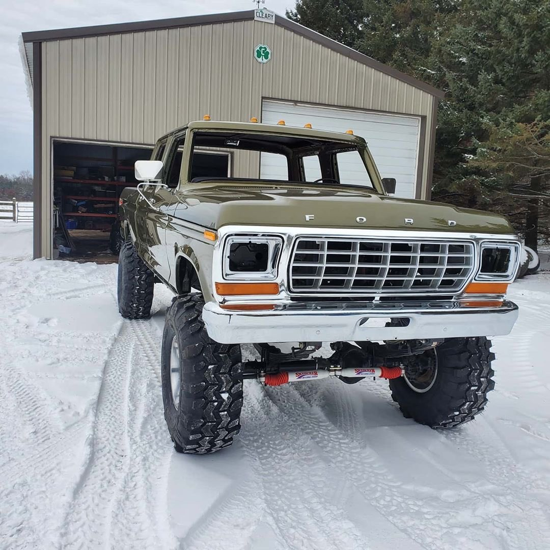 1979 Ford F-250 Crew Cab 521 Stroker Olive Gold Pearl 6.jpg