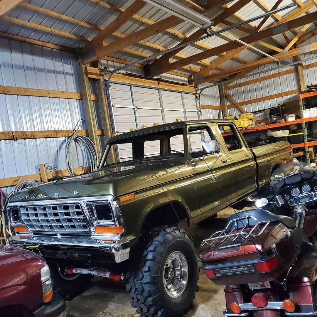 1979 Ford F-250 Crew Cab 521 Stroker Olive Gold Pearl 9.jpg