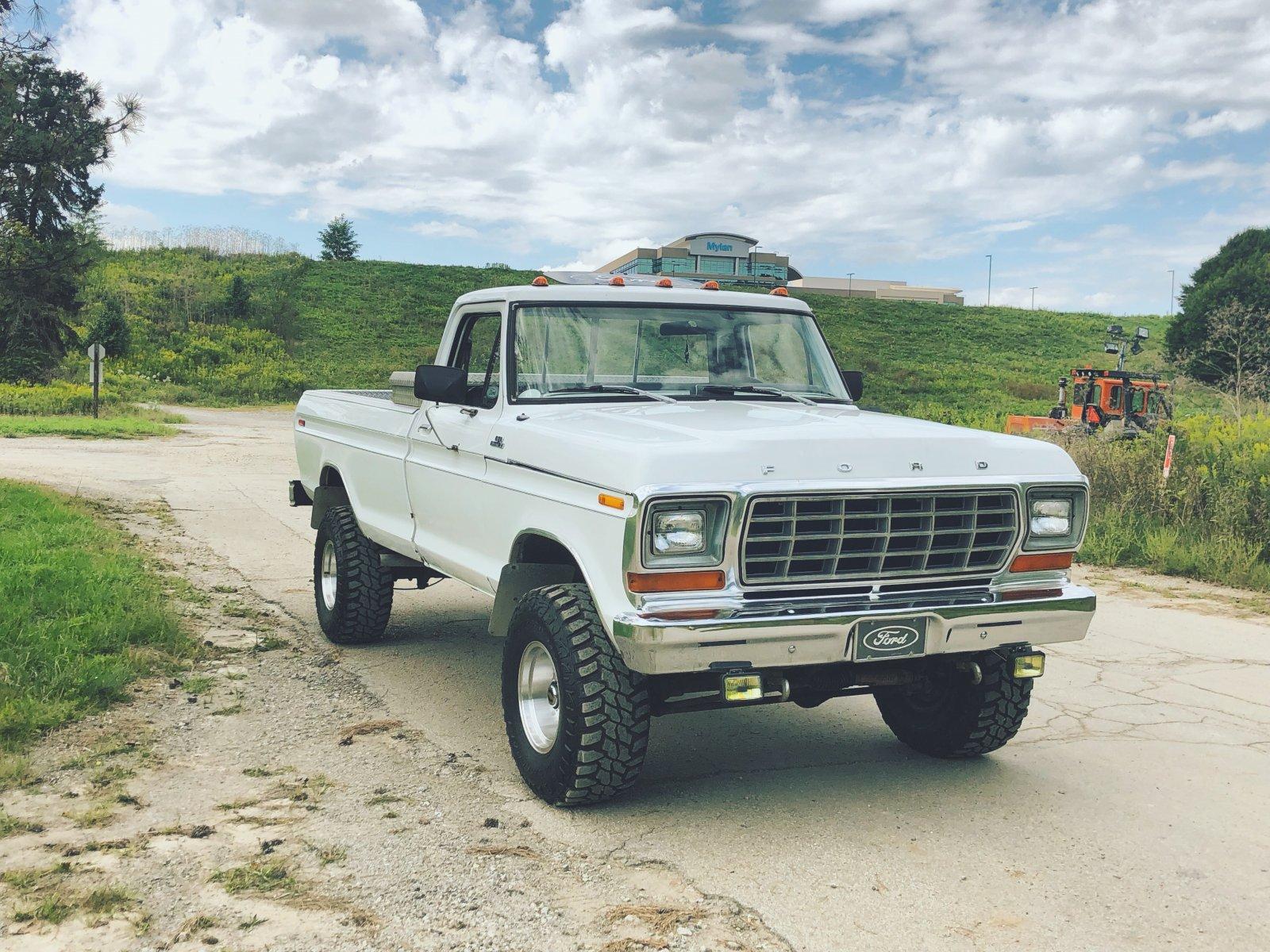 1979 FORD F150 4 SPEED 4X4 4.jpeg