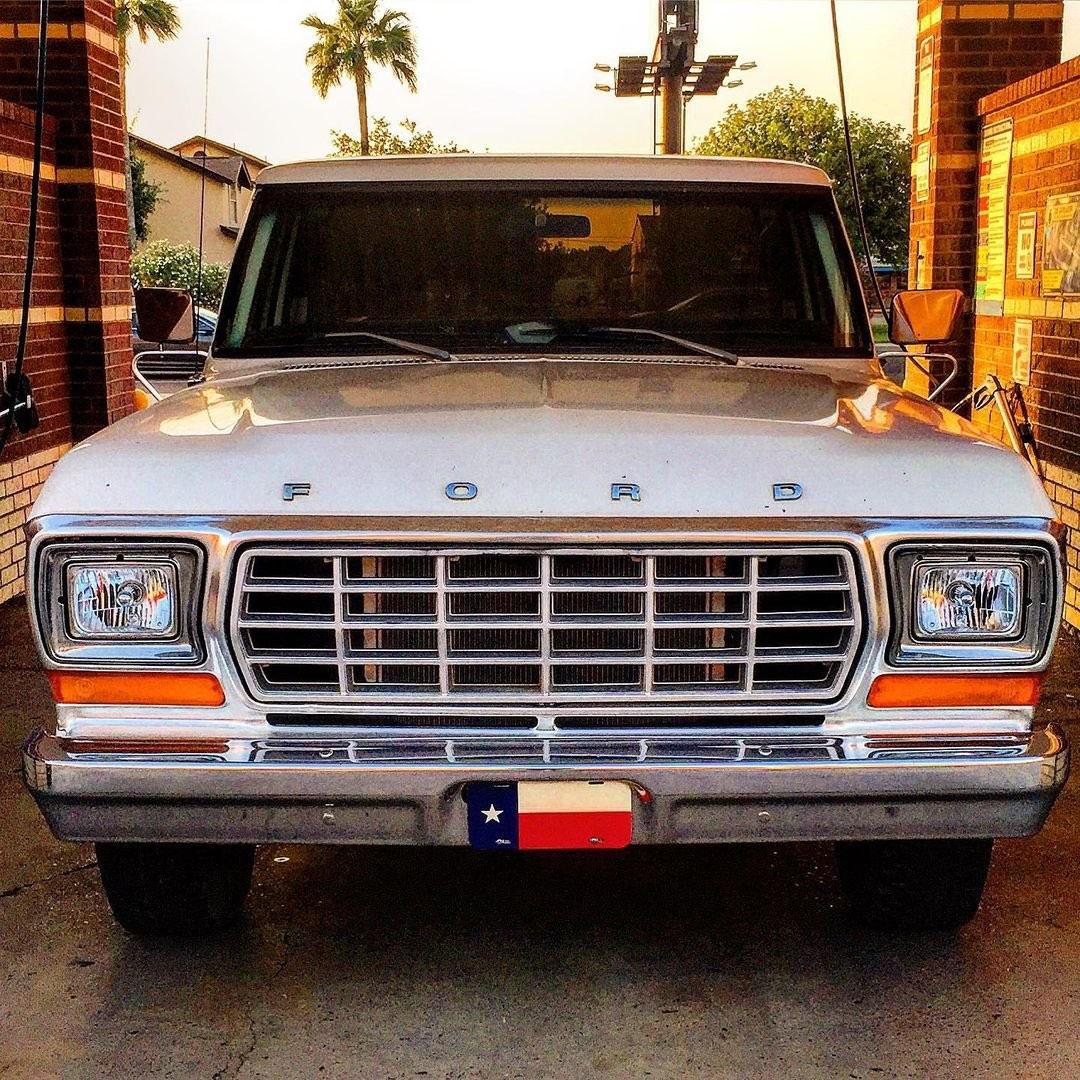 1979 Ford F150 Custom Long bed 3.jpg