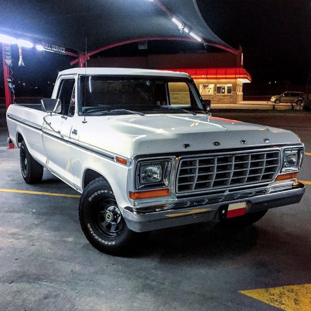 1979 Ford F150 Custom Long bed 9.jpg