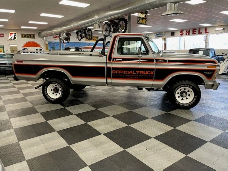 1979-ford-f150-ranger-indy-pace-truck-7.jpg