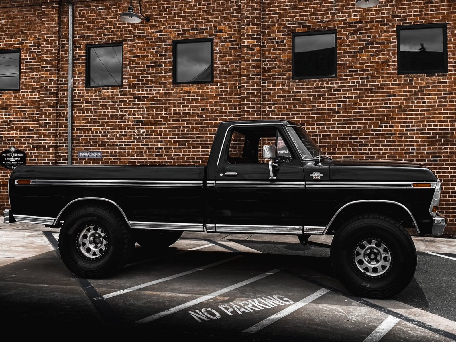 1979 Ford F150 Ranger XLT Longbed 460 Big Block 3.jpeg