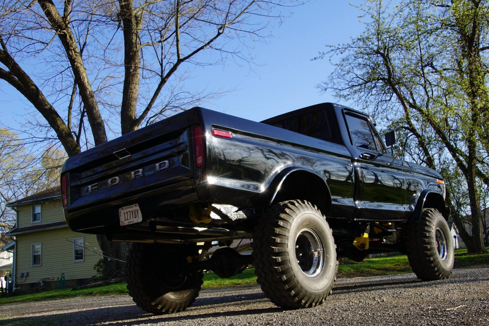 1979 Ford F150 With a 460 Dupont Jet Black Paint 8.jpg