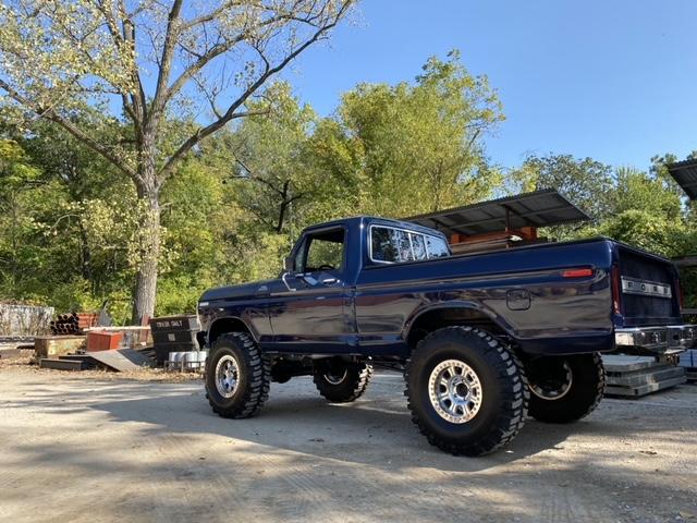 1979 Ford F150 With a 472 Big Block 4x4 7.jpeg