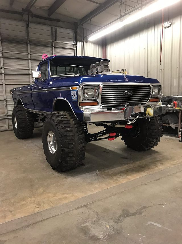 1979 Ford F150 With a 545 ci BBF On Boggers 4.jpg