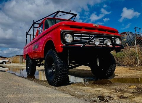 1979 Ford F250 2WD Long Bed Chassis 4.jpg
