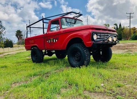 1979 Ford F250 2WD Long Bed Chassis 5.jpg