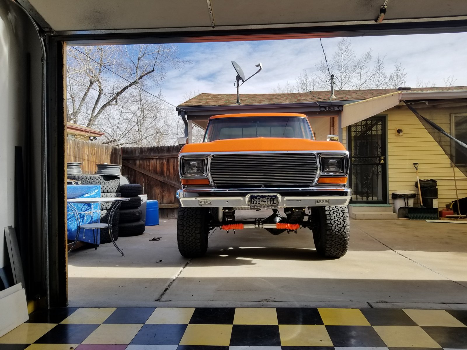 1979 Ford F250 Truck Has A 460ci With A C6 Transmission 3.jpg