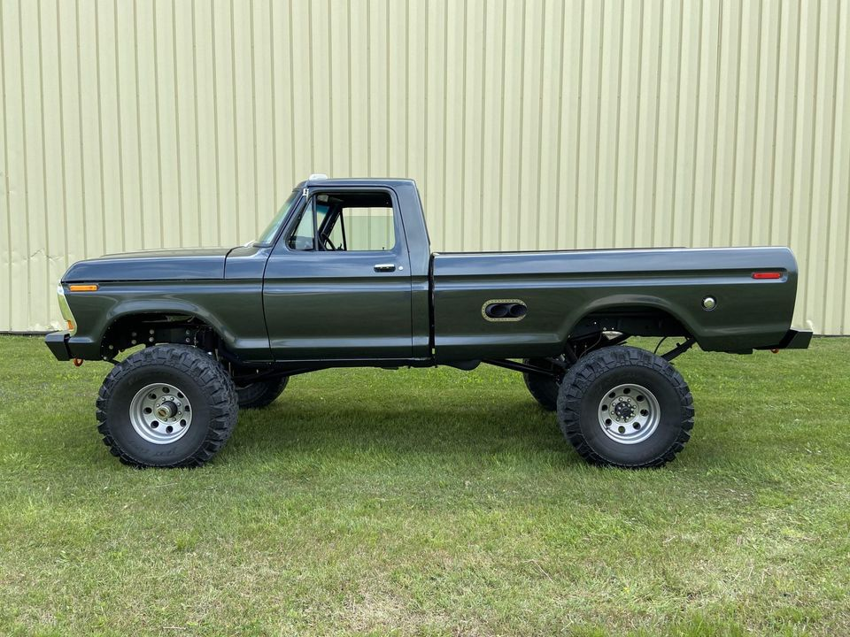 1979 Ford F250 With a 460ci V8 - For Sale 2.jpg