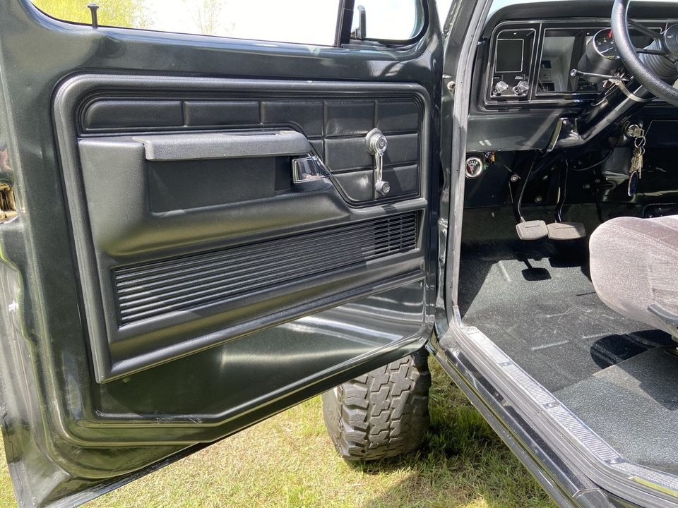 1979 Ford F250 With a 460ci V8 - For Sale 8.jpg