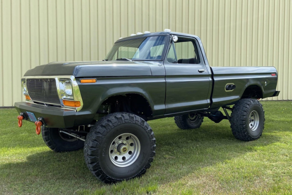 1979 Ford F250 With a 460ci V8 - For Sale.jpg