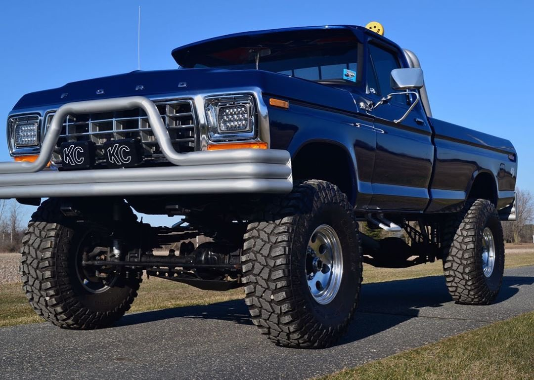1979 Ford F250 With a 514 Stroker 2.jpg