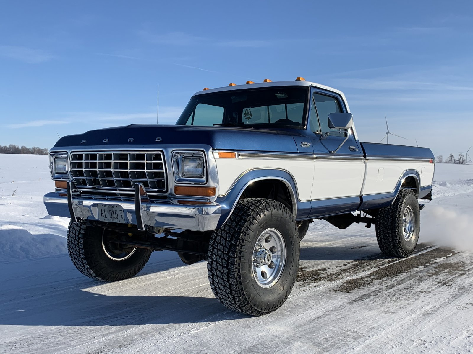 1979 Ford F250 With Two Tone Paint 6.jpeg