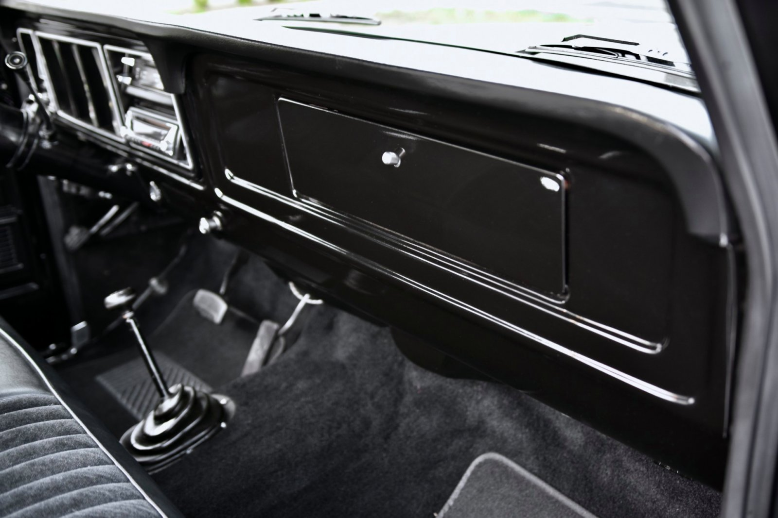 1979_ford_f150_custom_4x4_1573796618cd2084994.jpeg