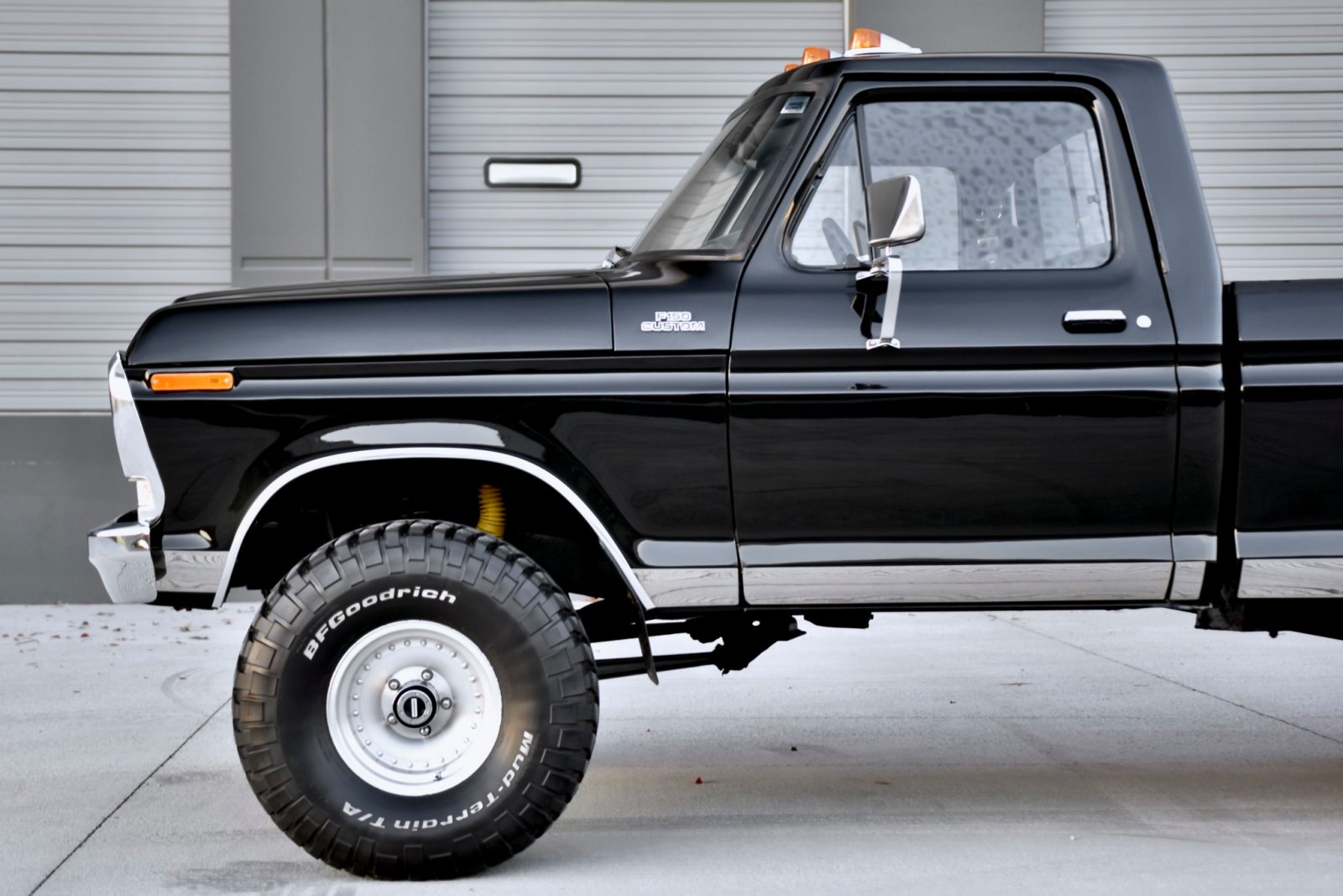 1979_ford_f150_custom_4x4_157379674895d565ef66e7d20.jpeg