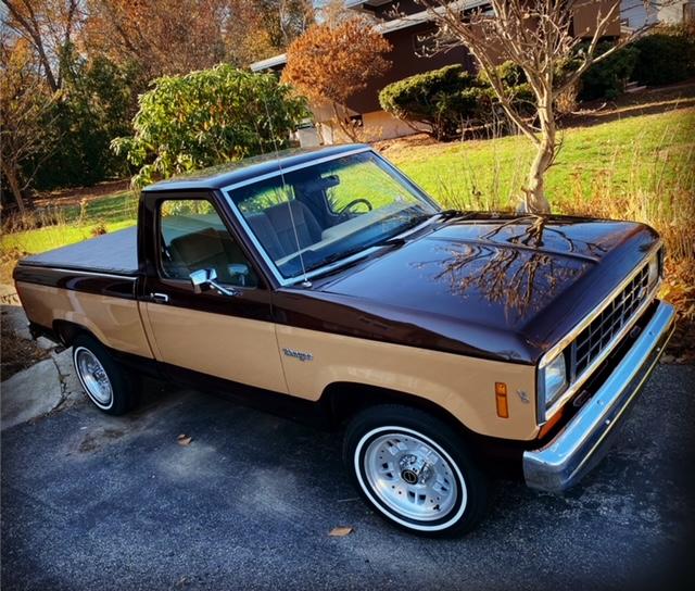 1984 Ford Ranger V6 2.8L 3.JPG