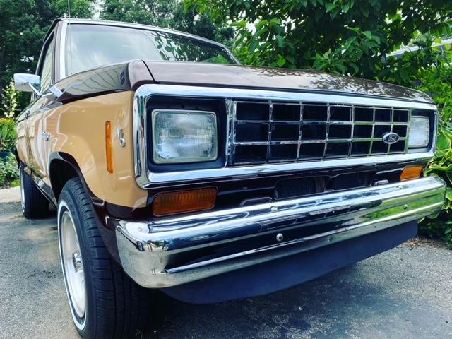 1984 Ford Ranger V6 2.8L 5.JPG