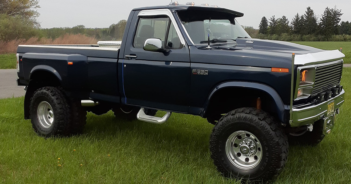 1985 Ford F-350 Dually On Super Swampers.jpg
