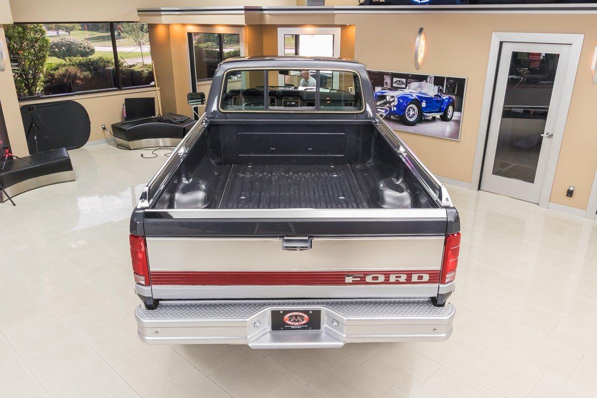 1985-ford-f250-xl-4x4-pickup (6).jpg
