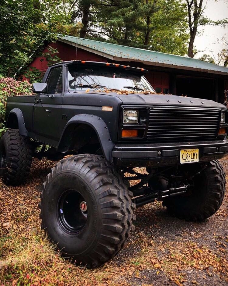 "1986 Frankenstein F150 With a 12"" Lift and 44"" Tires 2.jpg"