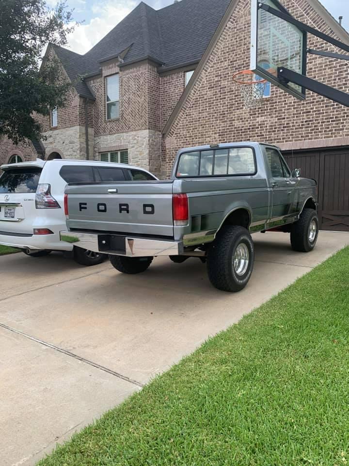 1987-ford-f-150-xl-4-9l-4x4-10-jpg.5895