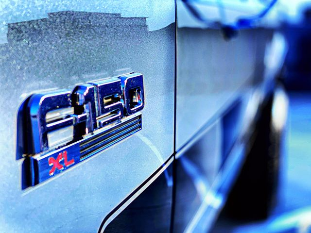1987-ford-f-150-xl-4-9l-4x4-12-jpg.5897