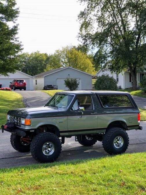 1988 Bronco 302 On 38's Automatic C6 11.jpg