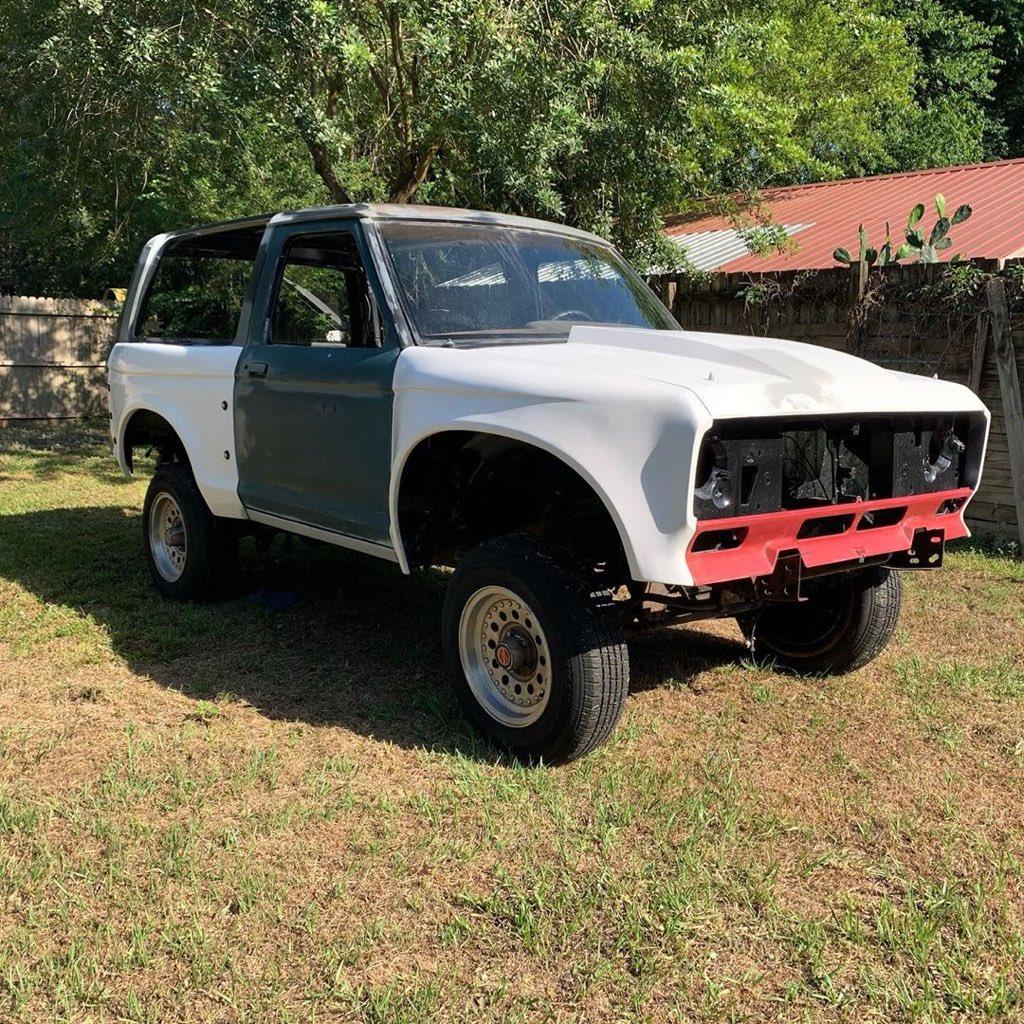 1989 Ford Bronco II Prerunner 4x4 3.jpg