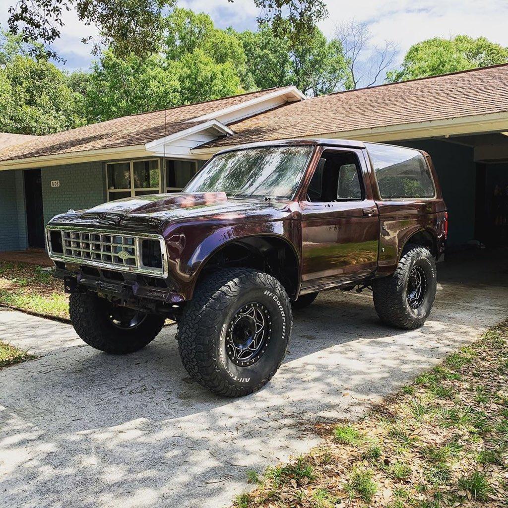 1989 Ford Bronco II Prerunner 4x4 9.jpg