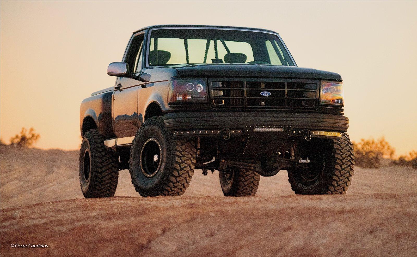 1992 Ford F150 Flareside 4x4 8.jpg