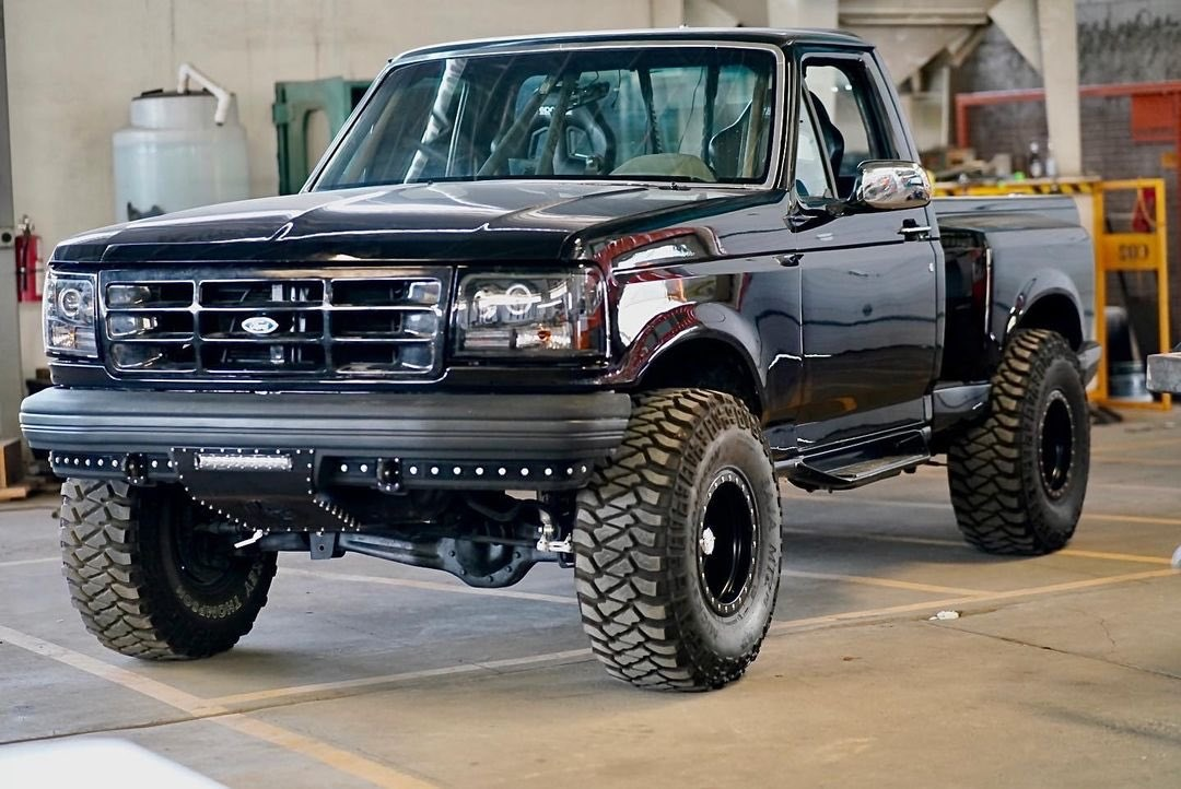 1992 Ford F150 Supercharged Coyote 5.0L 2.jpg