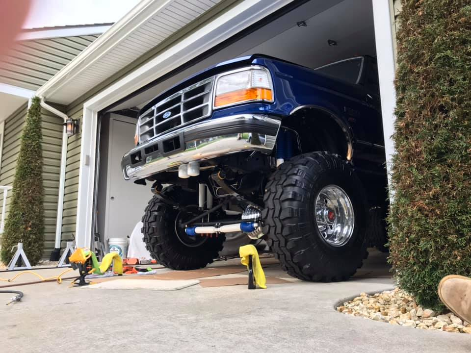 1996 Ford F-350 With 460 Crew Cab 8-inch Lift 4x4 112.jpg