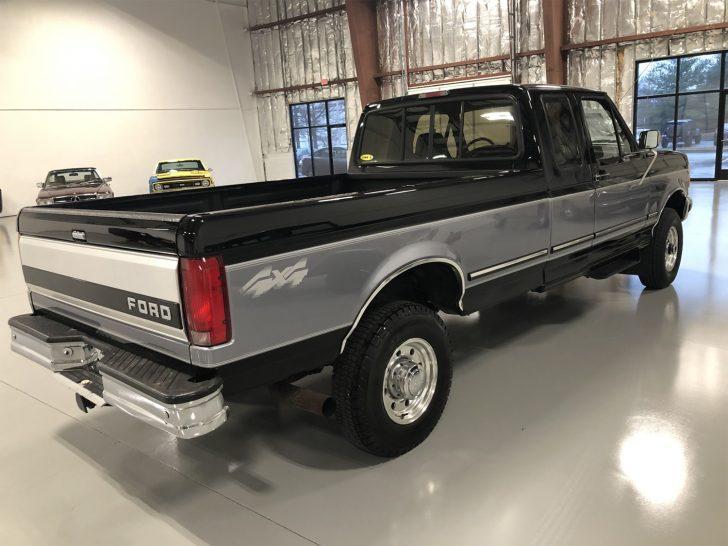 1997-Ford-F-250-Diesel-4x4-005-728x546.jpg