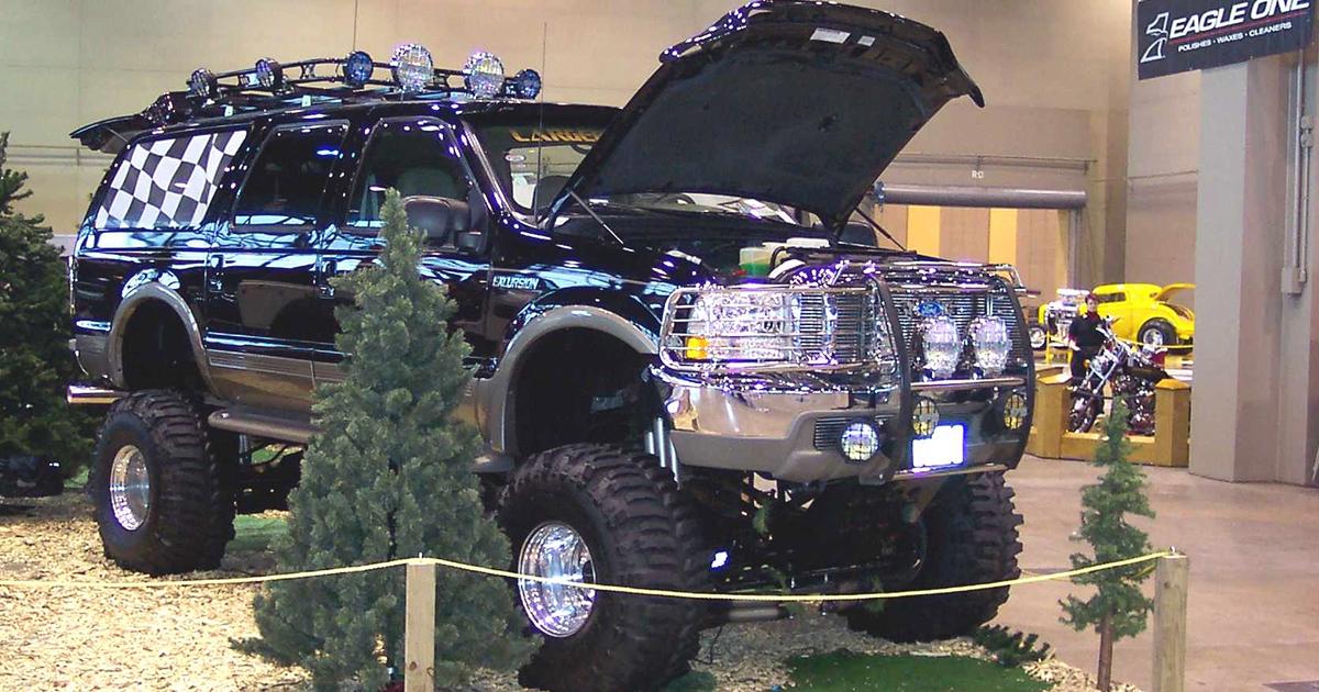 2000 Ford Excursion V10 Triton 4x4.jpg