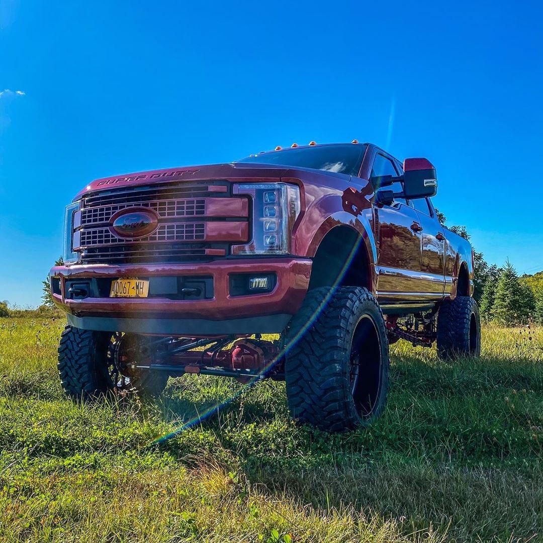 2017-ford-f-250-platinum-ultimate-5-jpg.5806