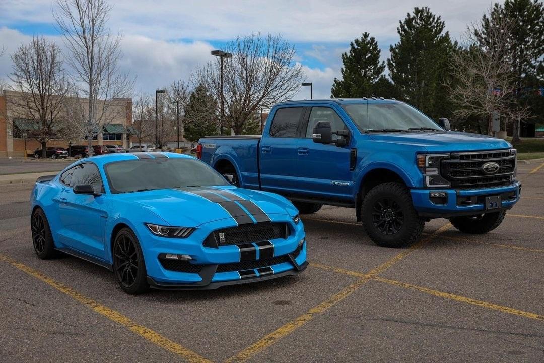 2020 Ford F250 Tremor 6.7L Powerstroke Turbo Diesel Velocity Blue 3.jpg