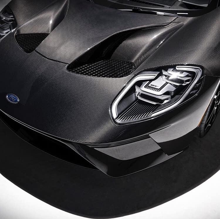 2020 Ford GT Liquid Carbon Stuns The World 7.jpg