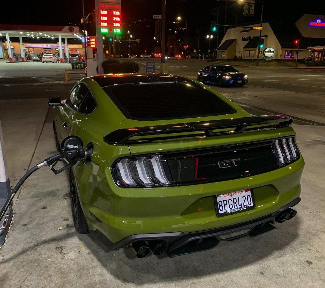 2020 Ford Mustang GT Build 6.jpg