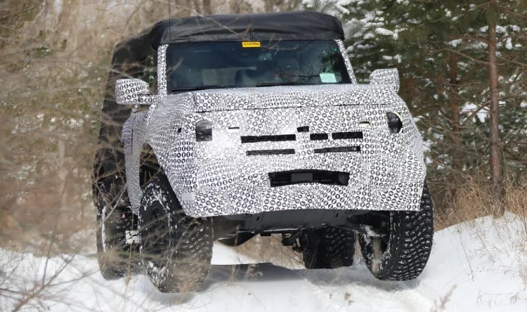 2021 Ford Bronco and Ford Bronco Sport LEAKED! 9.jpg