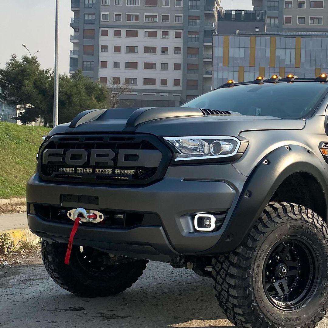 2021 Ford Ranger FX4 Bi-Turbo Wildtrak 2.jpg