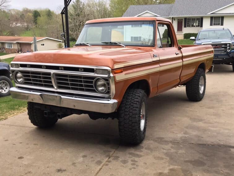 """4"""" Lift And 36"""" Swampers 1977 Ford F250 5 Speed 5.jpg"""
