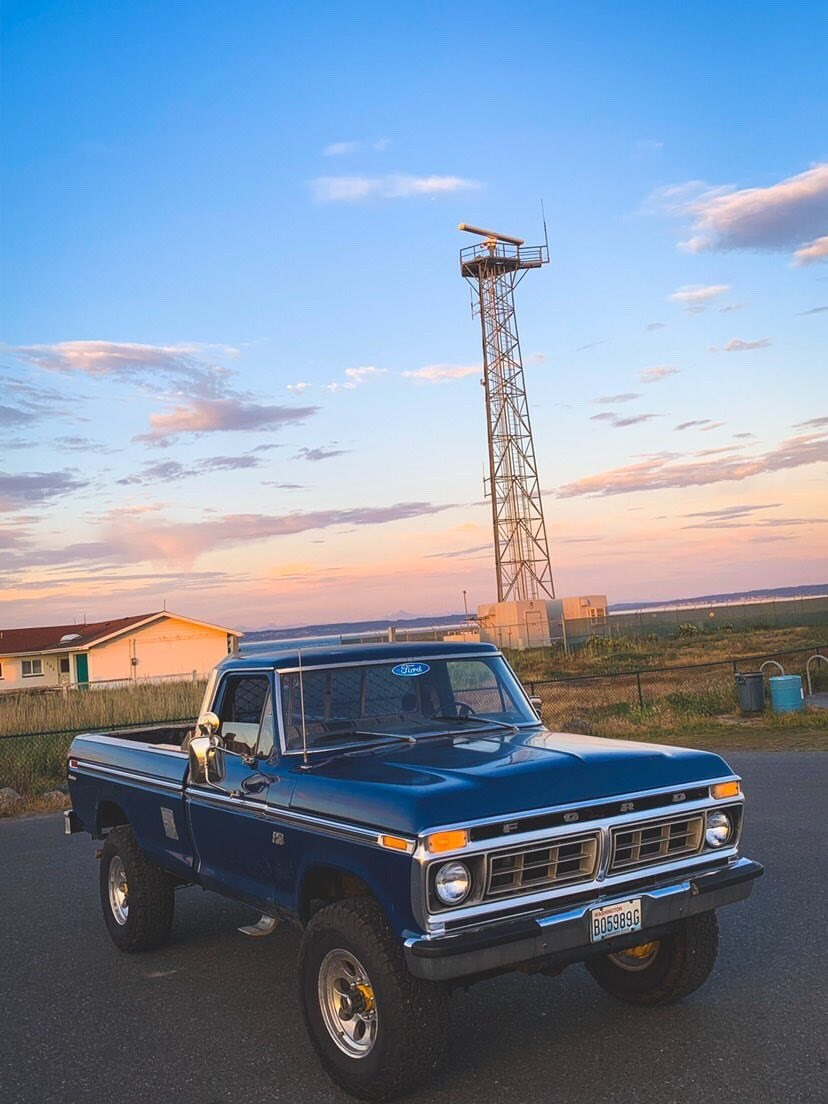 blue-1976-ford-f-250-highboy-with-a-390-2-jpg.4297