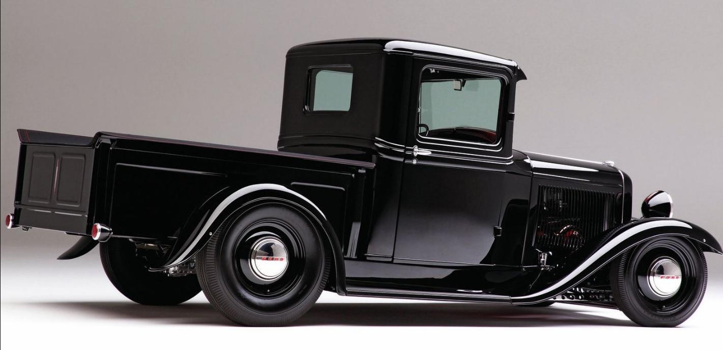 Gorgeous Black Ford 1932 Pickup Truck 2.jpg