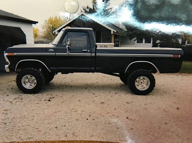 Gorgeous Black Ford 1979 F-250 Build 460 4-inch Lift On Boggers 3.jpg