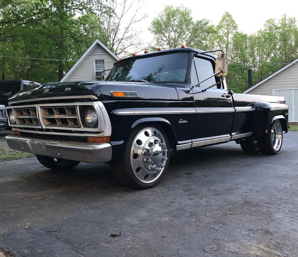 Meet The Unique 1971 Ford F-350 Dually 7.jpg