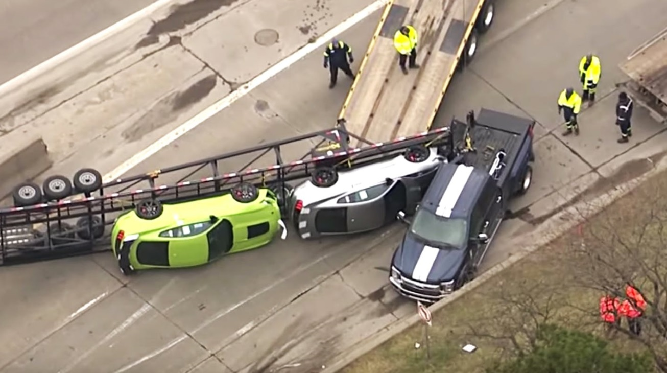 New 2020 Ford Mustang Shelby GT500s flips from Car Carrier Hauling in Detroit, Michigan 2.jpg