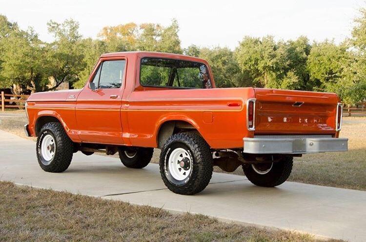 Orange 1978 Ford F-150 400M 4 Speed 4x4 2.jpg