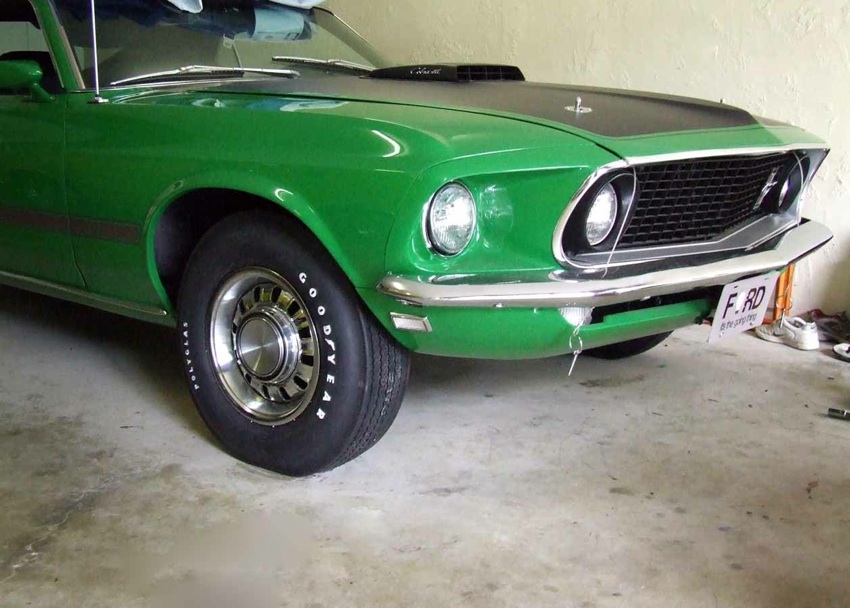 Poppy Green 1969 Mustang Mach 1 Fastback With Super Cobra Jet 2.jpg